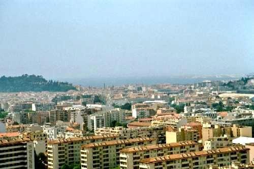 0034 vue sur la ville depuis le balcon dee Roggero