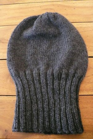 SLOUCHY_HAT1