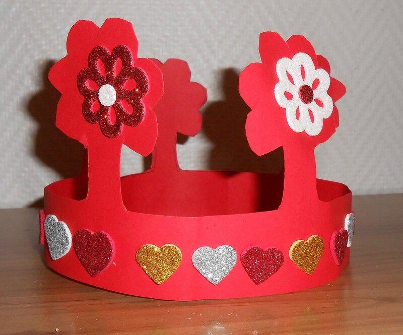 couronne-activité-manuelle-filles-princesse-reine-bricolage-simple-facile-rapide-déguisement-carnaval- (2)