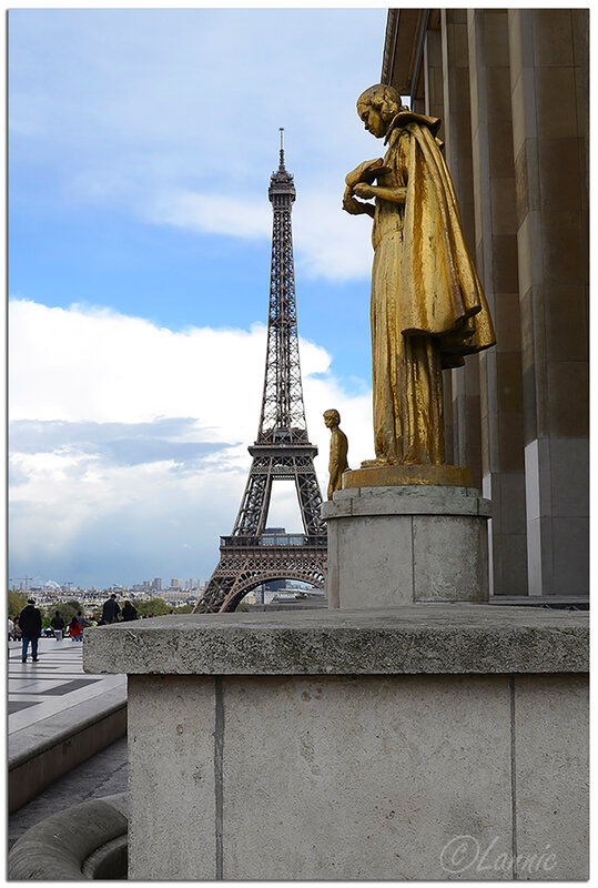 Paris_Trocadero_Tour_Eiffel_5