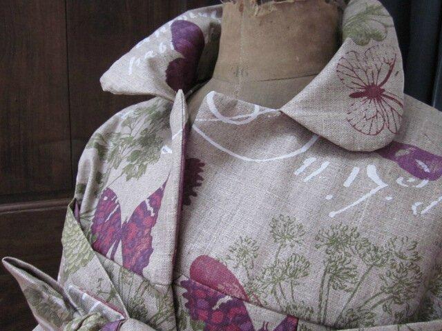 Ciré AGLAE en lin enduit brut orné de papillons prune (9)