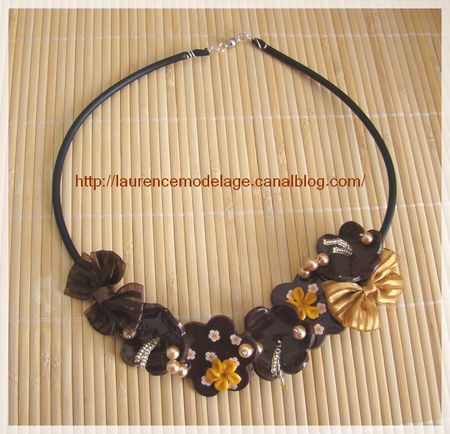 COLLIER_BUNA_FLEURS_MARRON_JAUNE__3_LRCREATIONS