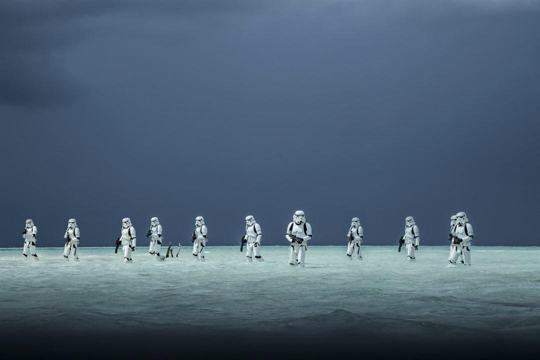 ROGUE ONE: A STAR WARS STORY « Même la force, dans cette opus, tu perdras »