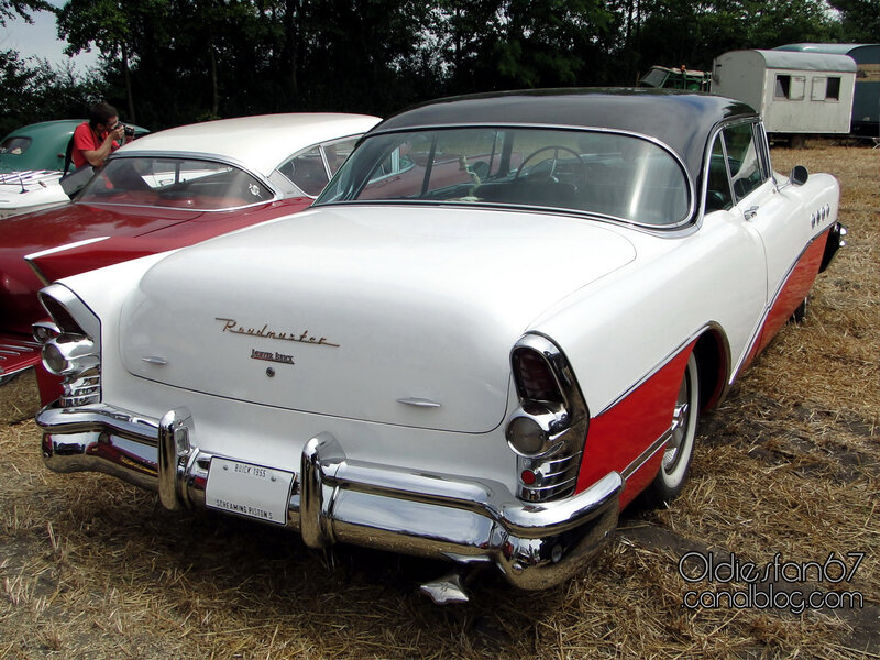 buick-roadmaster-riviera-hardtop-coupe-1955-02