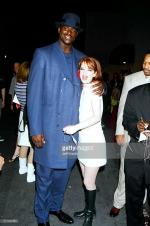 1996-06-08-MTV_Movie_Awards-backstage-with_with_shaquille_o_neal-2