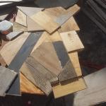 Planche recouverte de bois