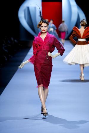 women_Dior_HC_SS2011_Look_13
