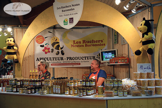SALON_REGAL_stand_LES_RUCHERS_NESTES_BARONNIES