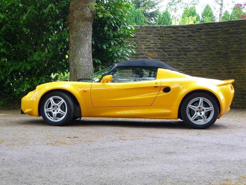 vente-lotus-elise-norfolk-yellow-s1-111-mk1-120cv-07