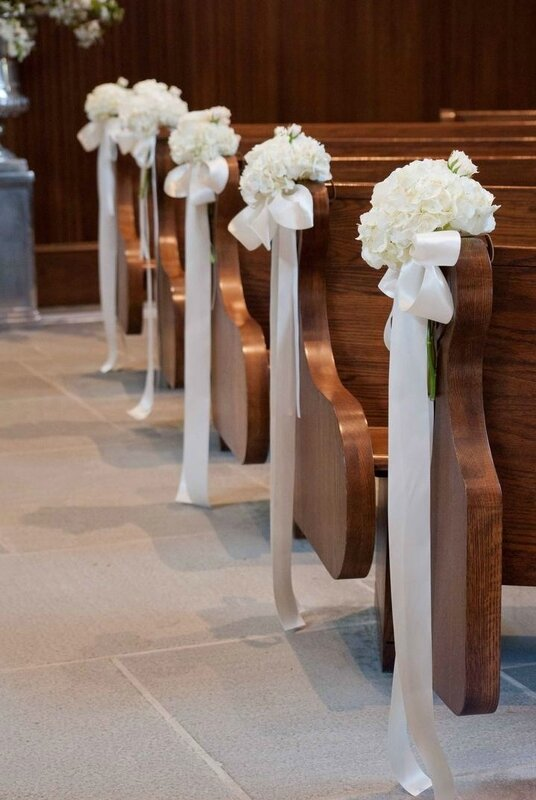 1dcee38760e6d12fa2937e06e5792263--wedding-chapel-decorations-reception-decorations