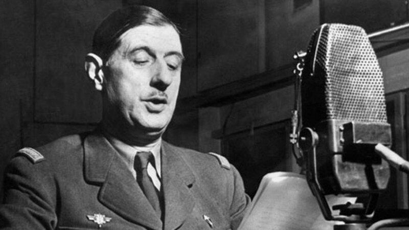 le_18_juin_1940_charles_de_gaulle_appelle_depuis_londres_les_francais_a_la_resistance_contre_lenvahisseur_allemand_sur_la_bbc-3716037