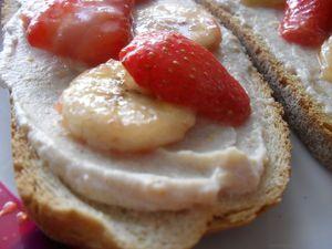 Bruschetta banane fraise 2