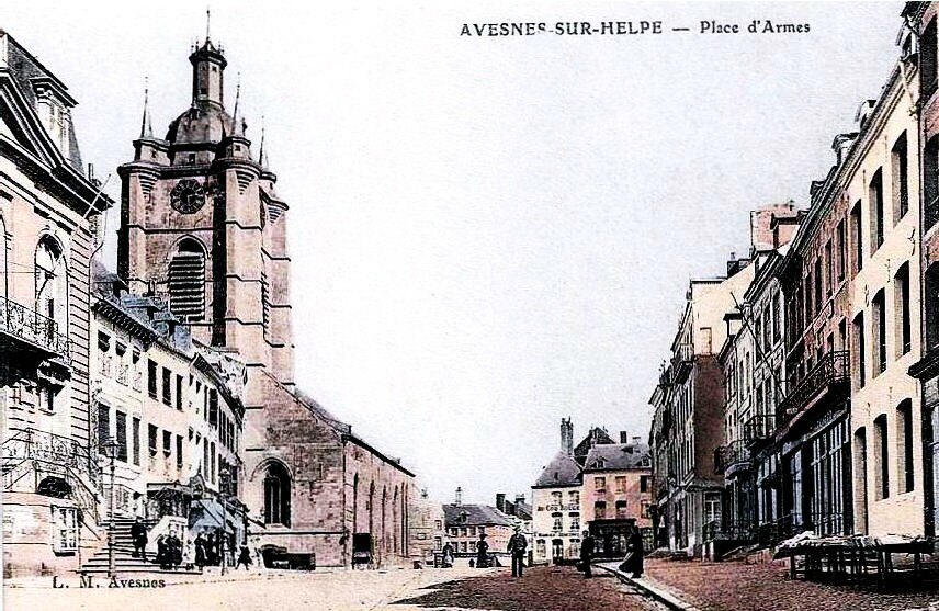 AVESNES-La Place d'Armes (3)