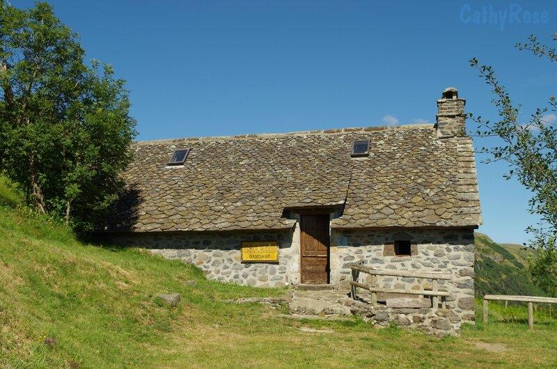 && buron près Salers (9)