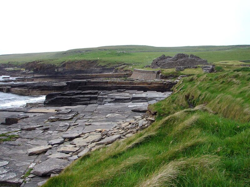 Rousay_Midhowe_broch_2