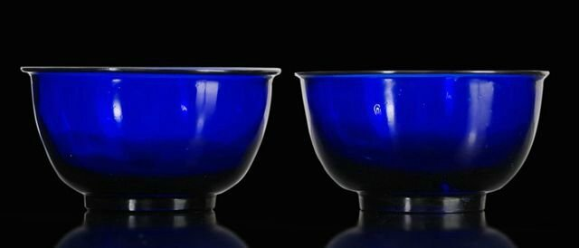 A pair of blue Beijing glass bowls, China, 19th ct. © 2010 Nagel