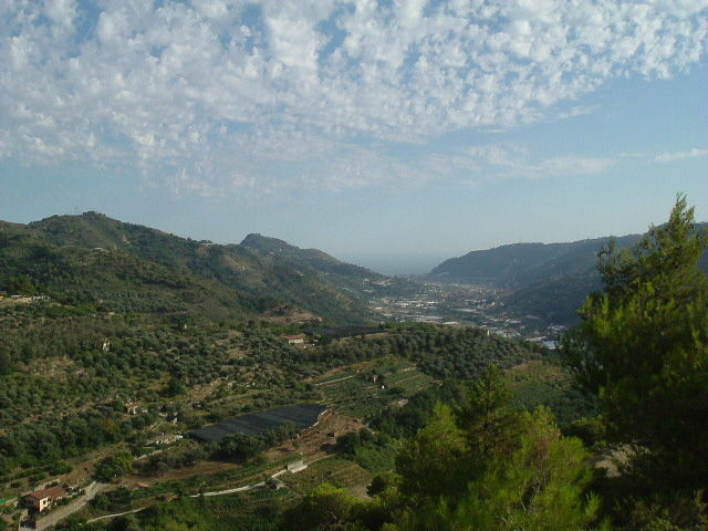 Dolceacqua S Gregorio Panorama 001