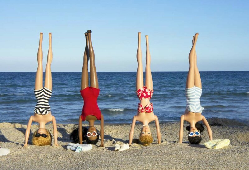 Girls+Headstands