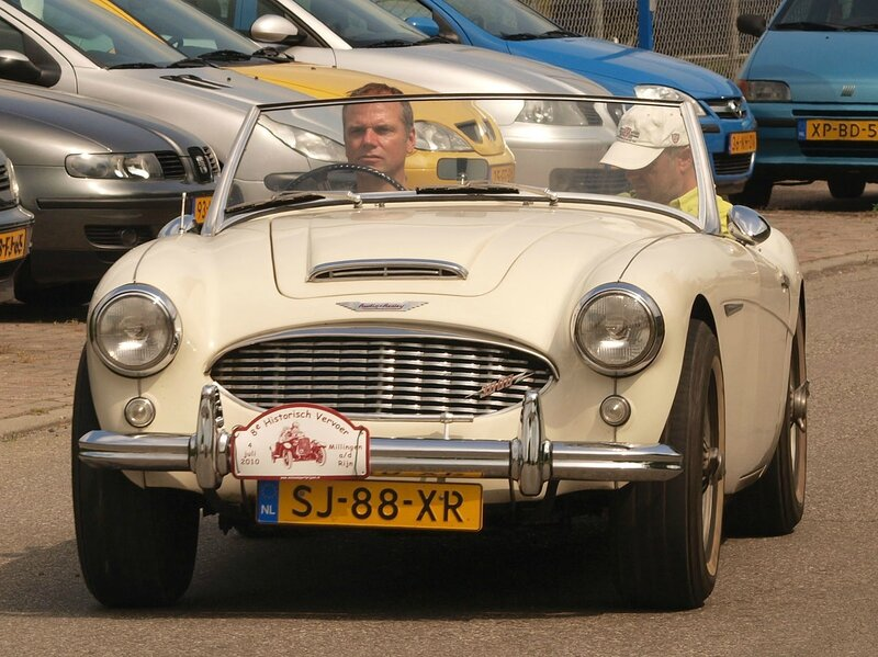 1959_Austin-Healey_3000_MkI