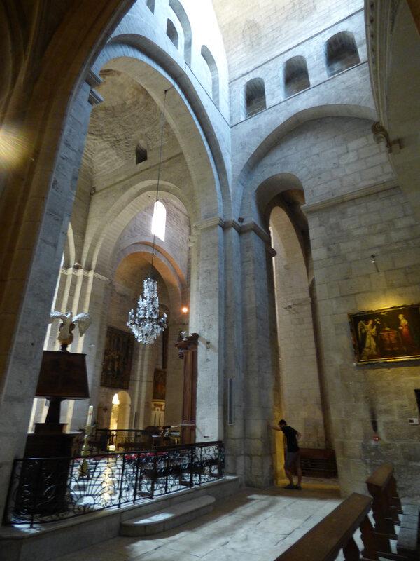 10 Eglise de Saint Trophime (3)