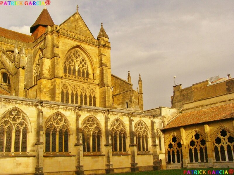 BAYONNE CATHEDRALE EXT 975 copie