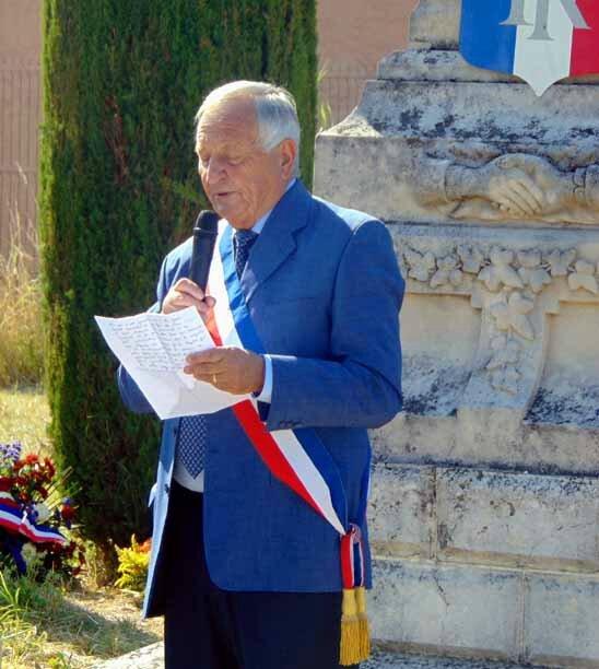 Mr le Maire de CADENET-14 Juillet 2015