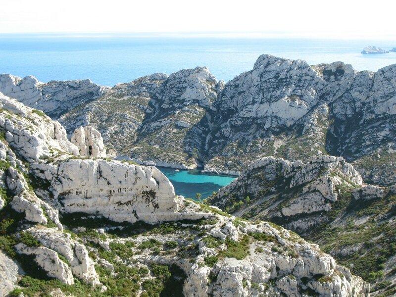 Marseille, calanque de Sormiou, vue de la crète de Morgiou