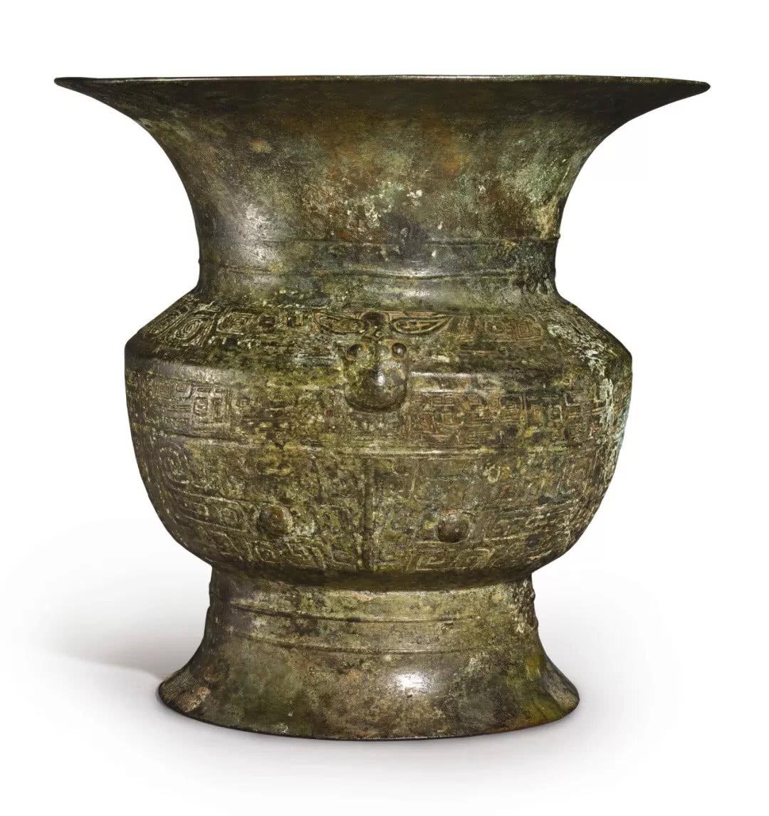 An archaic bronze ritual wine vessel (zun), Shang dynasty, Yinxu period (1300-1046 BCE)