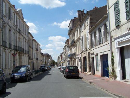 Rochefort-Rue de la République