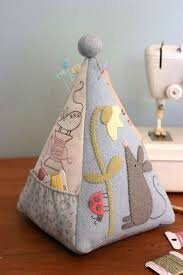 mouse pincushion the bird house