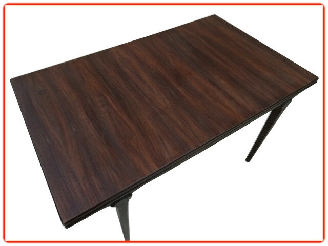 table en palissandre design scandinave