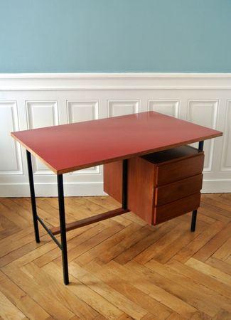 bureau moderniste rouge (4)