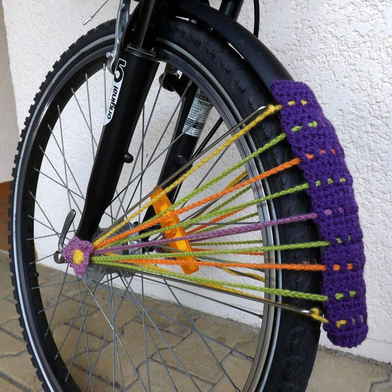 cal-pimp-on-vélo-roue-crochet