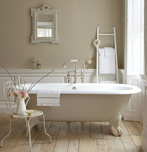 Little_Greene_Paint_Company_Shoot_with_Drummonds_Spey_Bath3