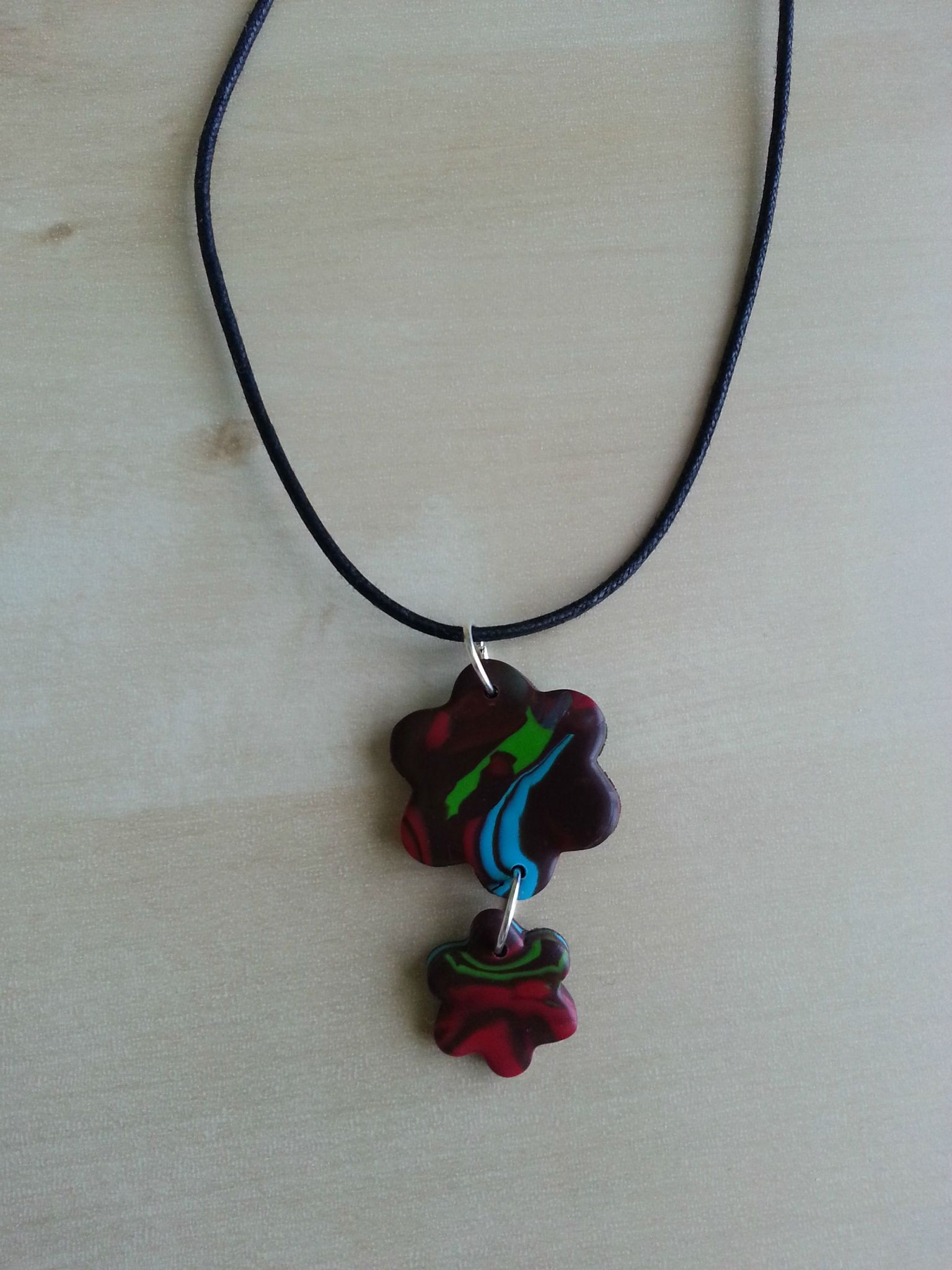 Collier 08