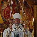 Mgr Grégoire bénissant aux USA