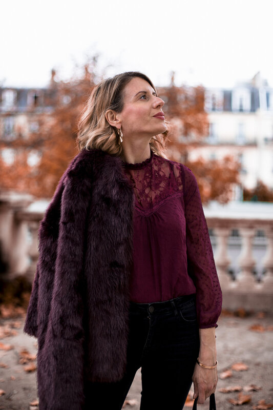 Burgundy lace and faux fur (9)