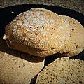 Buns à l'épeautre et à l'okara de noix de cajou