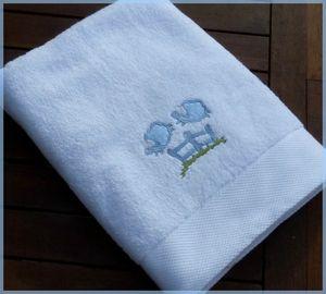 serviette brodée saute mouton
