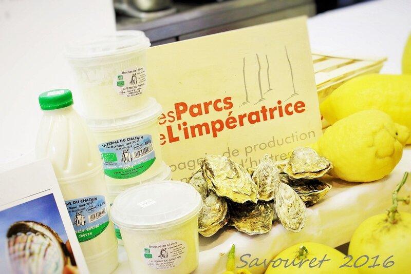 Laitages__Ferme_CHATAIN__et_Hu_tres__Parc_de_l_Imp_ratrice