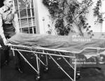 1962-08-05-westwood-body_removed_to_mortuary-5a