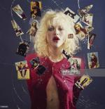 courtney_love-1993-03-29-by_kevin_cummins-1-4b