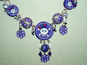 collier_girlie_skull1_detail