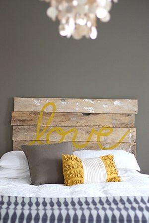 wooden_DIY_headboard