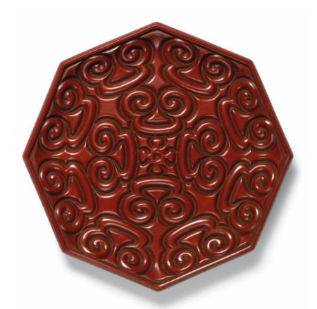 A_FINE_AND_EXTREMELY_RARE_OCTAGONAL_CINNABAR_LACQUER__GURI_