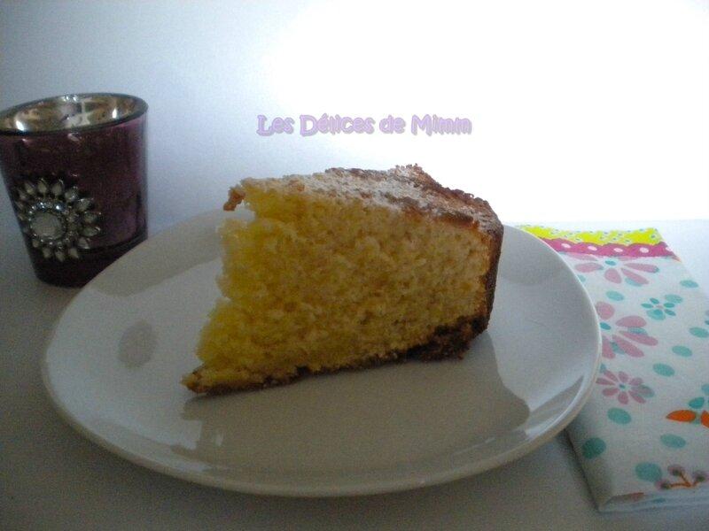 Gâteau au yaourt au miel de fleurs d'oranger