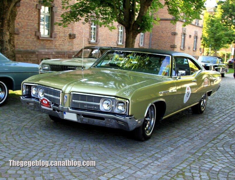 Buick le sabre hardtop coupe de 1967 (Paul Pietsch Classic 2014) 01