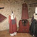 Histoire de robes - histoire de modes - exposition au château de la tour d'aigues suite et fin.