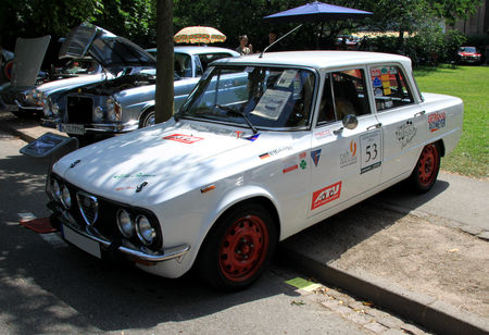 Alfa_romeo_giulia_de_1978__34_me_Internationales_Oldtimer_meeting_de_Baden_Baden__01