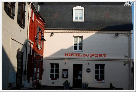 L_h_tel_du_port